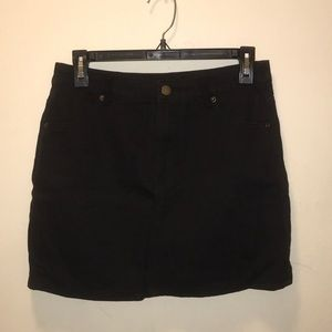 Forever 21 Skirts - Forever 21 Black Denim Skirt